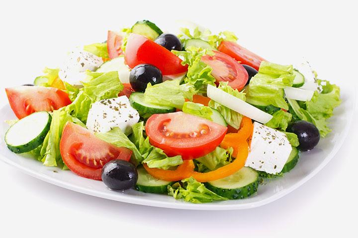 Greek Salad With Pita Crisps