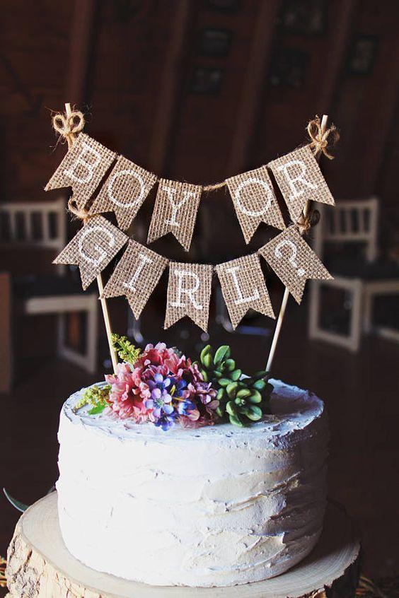 Goregous Gender Reveal Cake bei Etsy gefunden. Sehen Sie alle unsere beliebtesten Gender Reveal Cakes, indem Sie durch den Artikel klicken. #genderreveal #genderrevealcake #genderrevealideas #genderrevealcakes