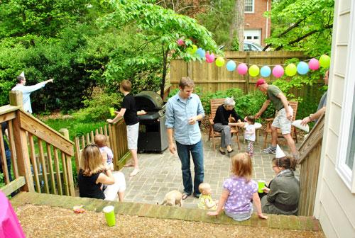 First birthday party ideas - balloon decor